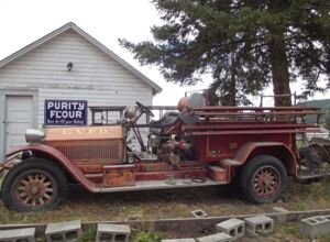 1925 clinton fire truck.JPG